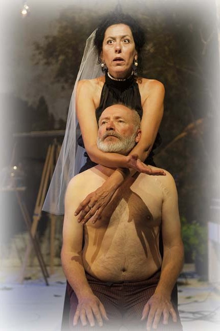 Lou (Rita Gay) raconte son mariage jamais consommé Photo: Mercedes Riedy